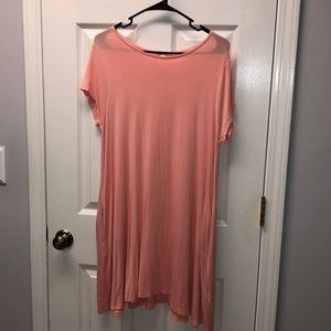 Coral T-Shirt dress with POCKETS!